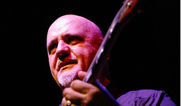 Singapore musicians treated to Frank Gambale's mastery